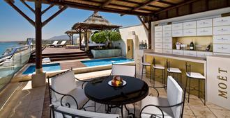 Hotel Don Pepe Gran Meliá - Marbella - Bể bơi
