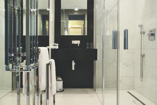 H15 Boutique Hotel - Βαρσοβία - Μπάνιο