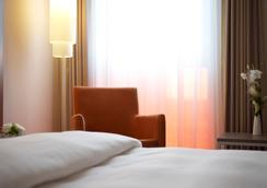 InterCityHotel Berlin-Brandenburg Airport - Schönefeld - Bedroom