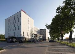 InterCityHotel Berlin-Brandenburg Airport - Schönefeld - Building