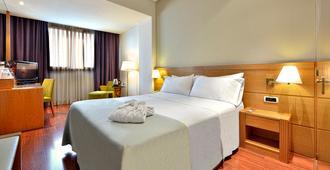 Tryp Málaga Alameda Hotel - Málaga - Bedroom