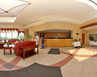 Hudson Valley Hotel and Conference Center by Fairbridge - Newburgh - Resepsjon
