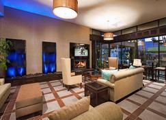 Desert Isle of Palm Springs by Diamond Resorts - Palm Springs - Lounge