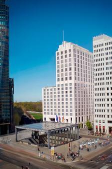 柏林麗思卡爾頓酒店 - 柏林 - 柏林 - 建築