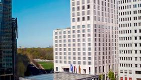 The Ritz-Carlton Berlin - Berlín - Edificio