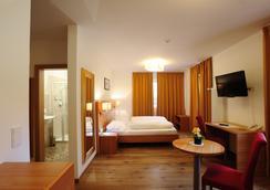 Hotel Teutschhaus - Kurtinig an der Weinstrasse - Schlafzimmer