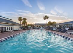 Ocean Coast Hotel at the Beach - Fernandina Beach - Svømmebasseng