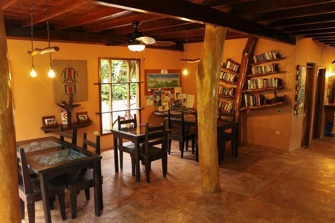 Caribe Town - Puerto Viejo de Talamanca - Comedor