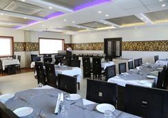 Hotel Karan Vilas - Agra - Restaurante