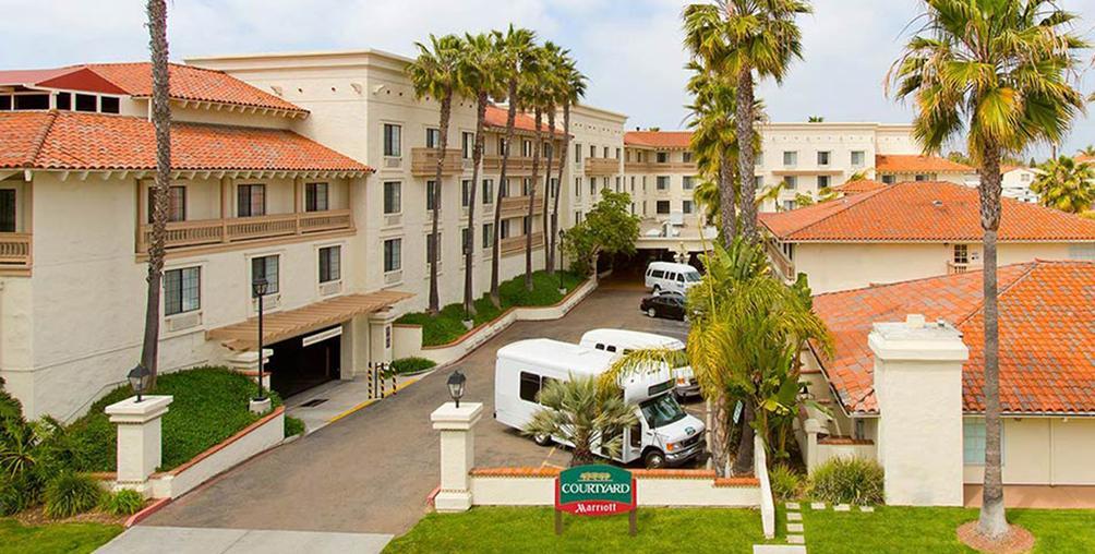 Courtyard By Marriott San Diego Old Town 105 2 6 9 San Diego Hotel Deals Reviews Kayak