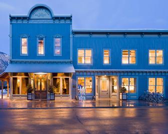 Eleven Experience Scarp Ridge Lodge - Crested Butte - Edificio