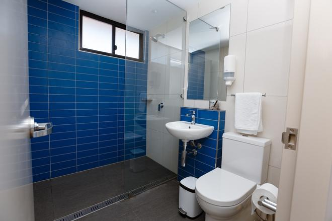 Global Backpackers Cairns - Cairns - Μπάνιο