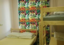 Like Hostel Tolyatti Sportivnaya - Tolyatti - Bedroom