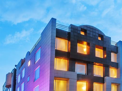 Sercotel Richmond Suites Hotel - Bogotá - Building