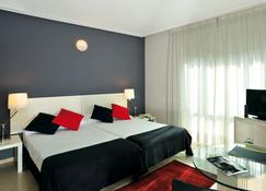 Esentia Togumar - Madrid - Hoteleingang