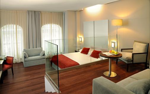 Sercotel Coliseo Bilbao - Bilbao - Bedroom