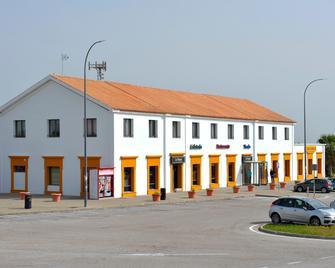 As Hotels Chucena - Chucena - Building