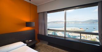 Hotel Sercotel Bahía de Vigo - Vigo - Quarto