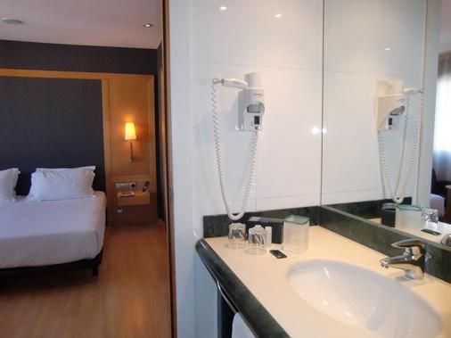 Hotel Barcelona Universal - Barselona - Banyo