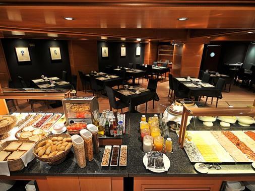 巴塞羅納環球飯店 - 巴塞隆納 - 自助餐