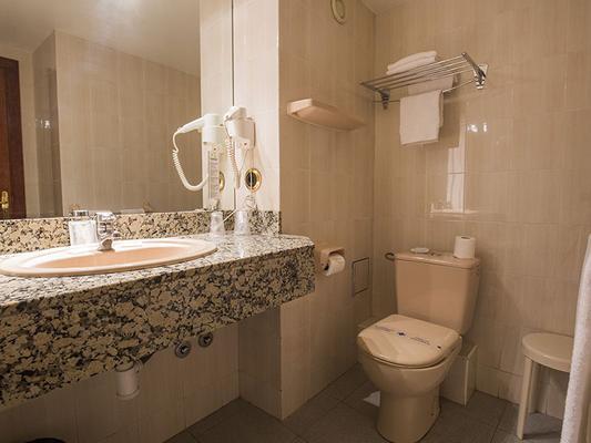 Hotel Cervol - Andorra la Vella - Kylpyhuone