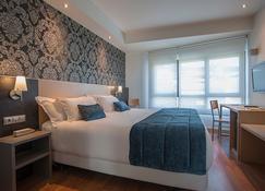 Hotel Sercotel Codina - ซานเซบัสเตียน - ห้องนอน