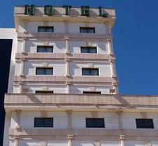 斯考特而四柱酒店 - 阿比拉