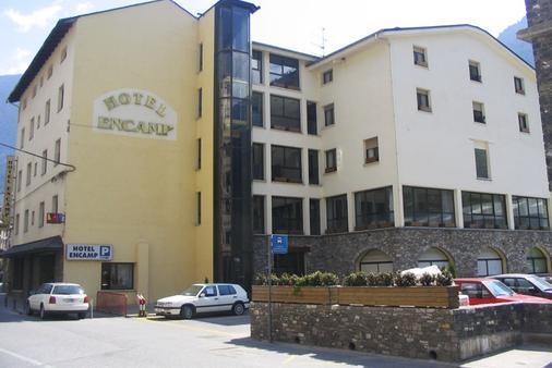 Hotel Encamp - Encamp - Building