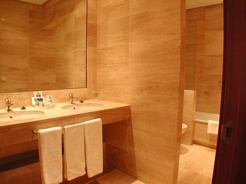 Extremadura Hotel - Cáceres - Phòng tắm