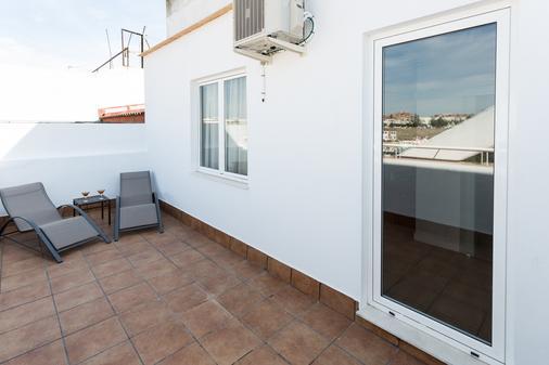 Hotel Sercotel Familia Conde - Huelva - Balcony