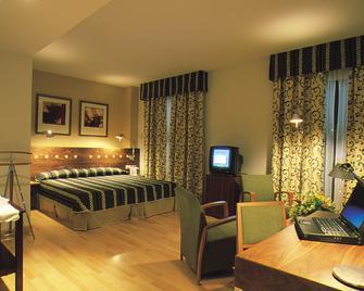 Gran Hotel Victoria - El Ejido - Ložnice