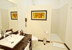 棲息地酒店 - 佩雷拉 - 佩雷拉 - 浴室