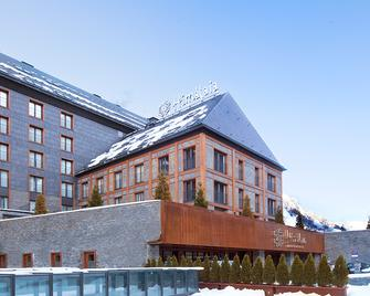 Hotel Himalaia Baqueira by Pierre Vacances Premium - Naut Aran - Gebäude