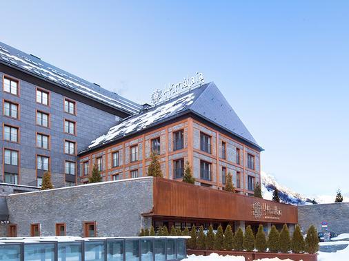 Hotel Himalaia Baqueira by Pierre Vacances Premium - Naut Aran - Building