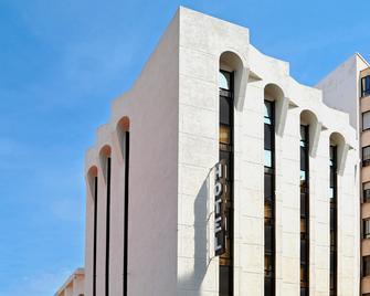Civis Jaime I - Castellón de la Plana - Building