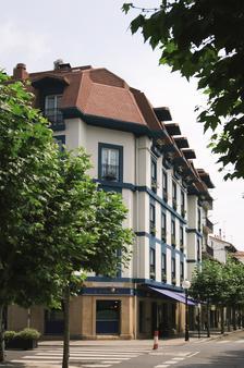 Hotel Sercotel Jáuregui - Hondarribia - Building