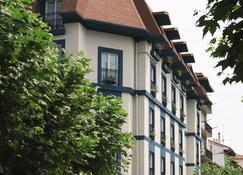特級賽考泰爾豪雷吉酒店 - 富恩特拉比亞 - 宏達瑞比亞 - 建築