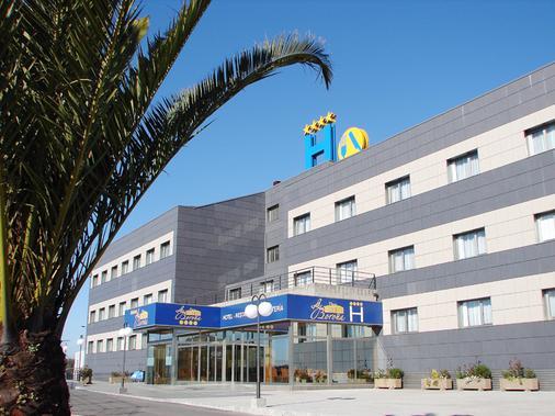 博洛尼亞酒店 - 希洪 - 希洪 - 建築
