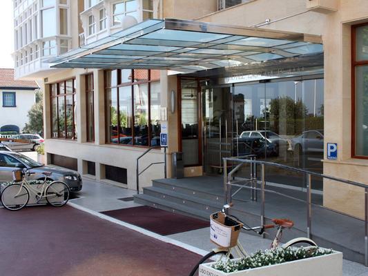 Hotel Sercotel Las Rocas - Castro-Urdiales - Edificio
