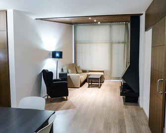 Sercotel Apartamentos Masella 1600 - Alp - Sala de estar