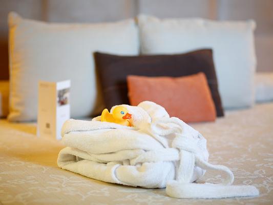 Hotel Nuevo Madrid - Madrid - Phòng ngủ