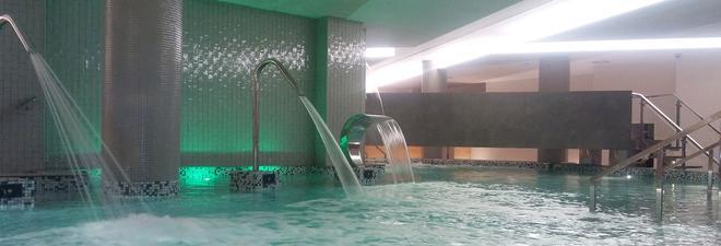 Hotel Spa Sercotel Odeón - Narón - Pool