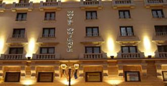 Hotel Sercotel Oriente - Zaragoza - Edificio