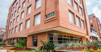 Apartamentos Plaza Suites - Bogotá - Building