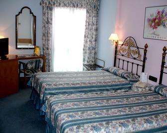 Hotel Sercotel Rey Sancho - Palencia - Bedroom