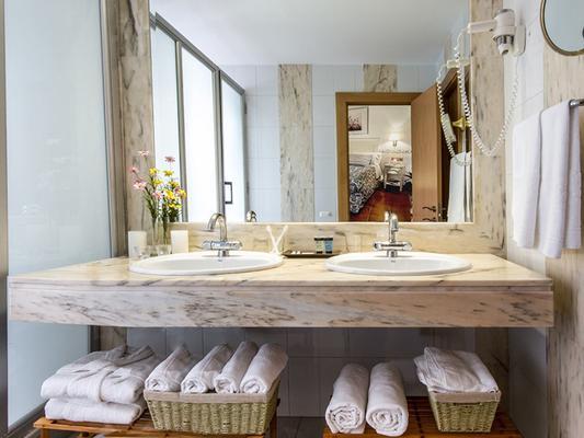 賽魯瑟科特爾酒店 - 科多瓦 - 科爾多瓦 - 浴室