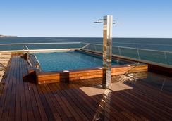 Hotel Sercotel Suites Del Mar - Alicante - Pool
