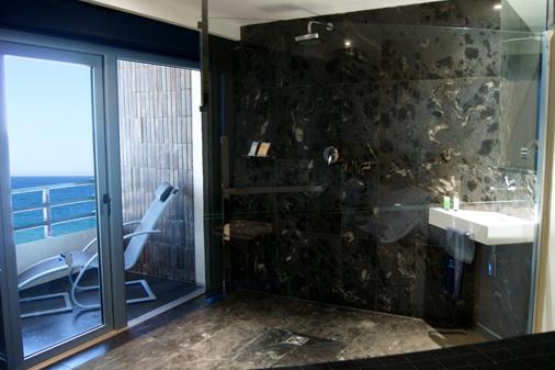 Hotel Sercotel Suites Del Mar - Alicante - Bathroom