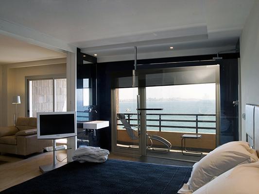 Hotel Suites Del Mar - Alicante - Bedroom