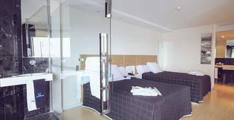 Sercotel Suites del Mar - Alicante - Bedroom